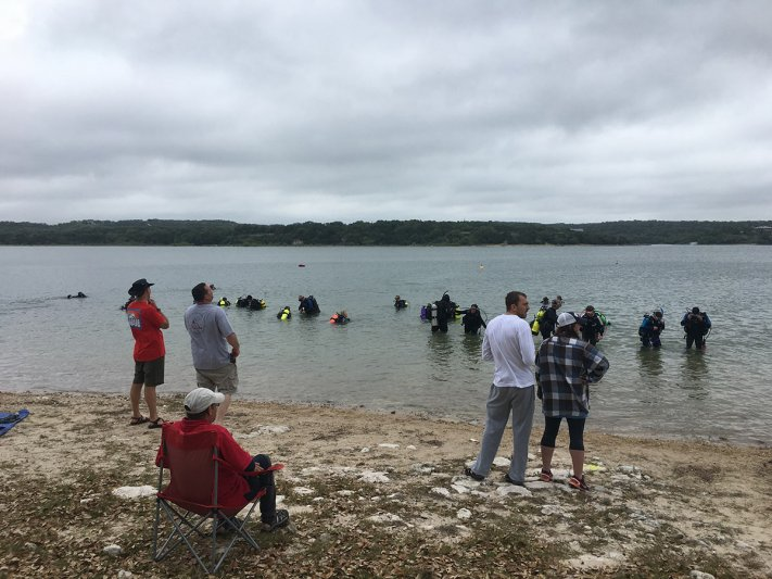 2018 Women's Day Dive